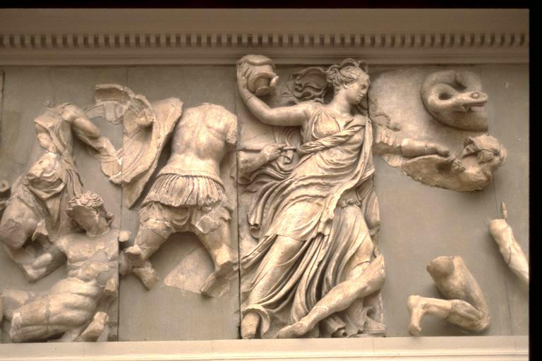Αποτέλεσμα εικόνας για altar of zeus frieze