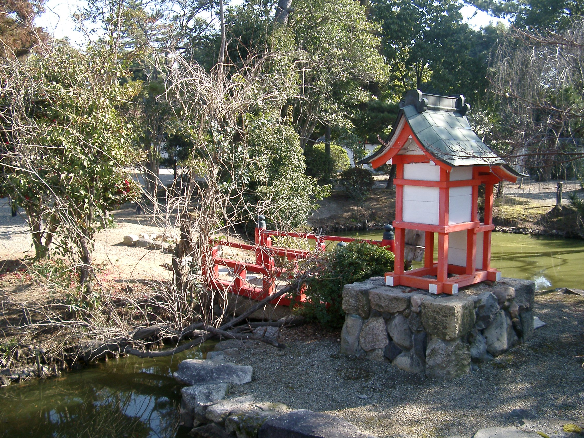 Making wooden japanese garden lanterns for Japanese landscape lanterns